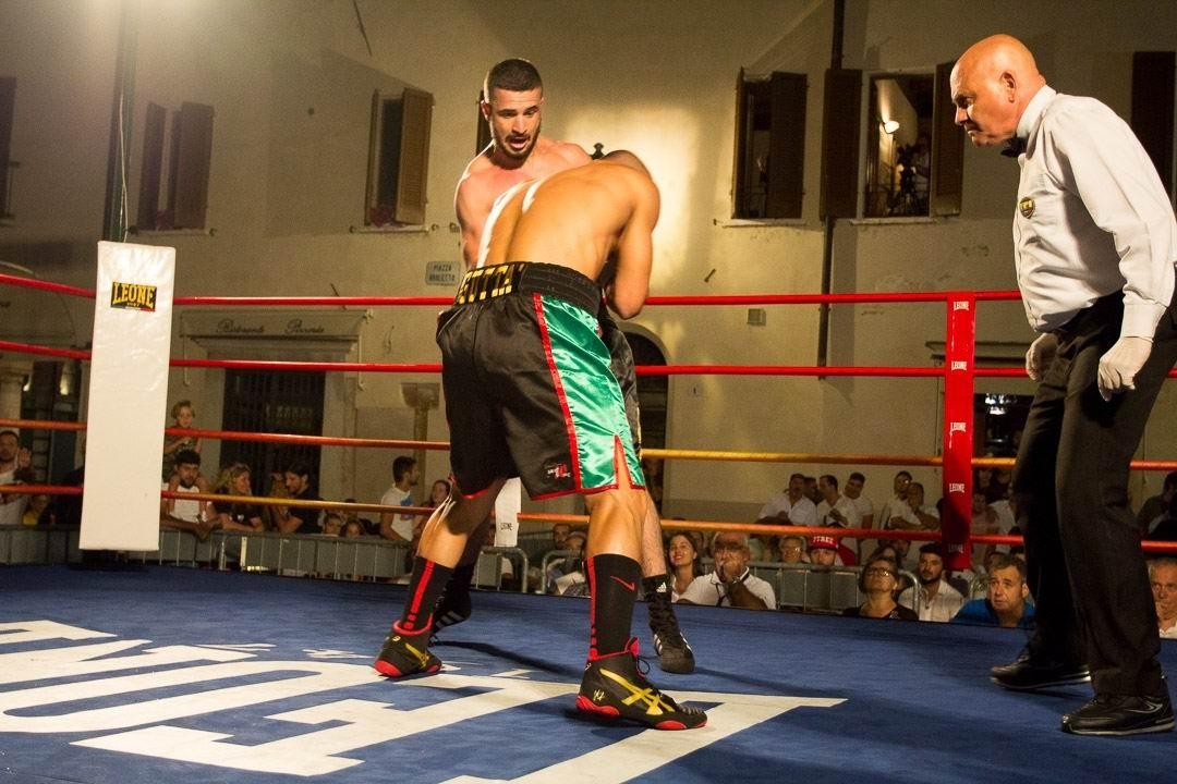 campione di titolo sul sito di incontri Velocità datazione Bangor Irlanda del Nord