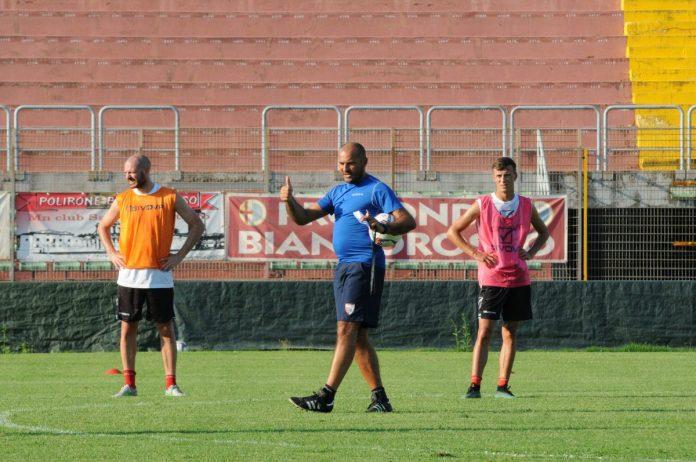 Lucio Brando dirige il primo allenamento al Martelli