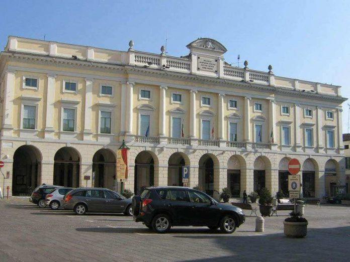 Il municipio di Asola