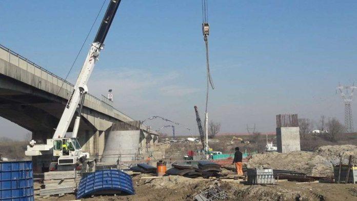 Il cantiere per il nuovo ponte di San Benedetto