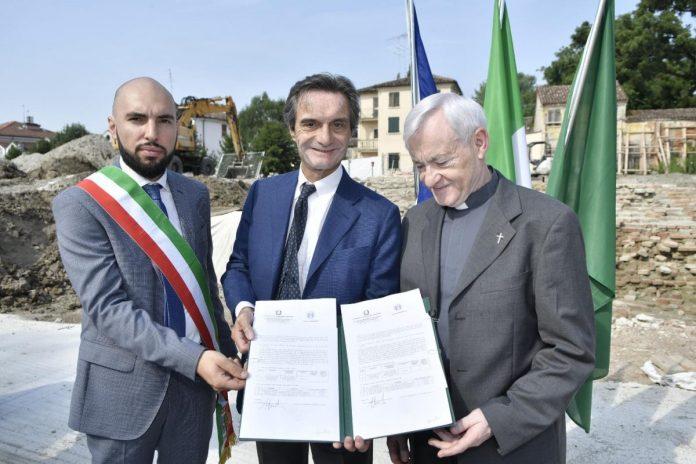 La firma del protocollo tra la Regione e la Diocesi di Mantova
