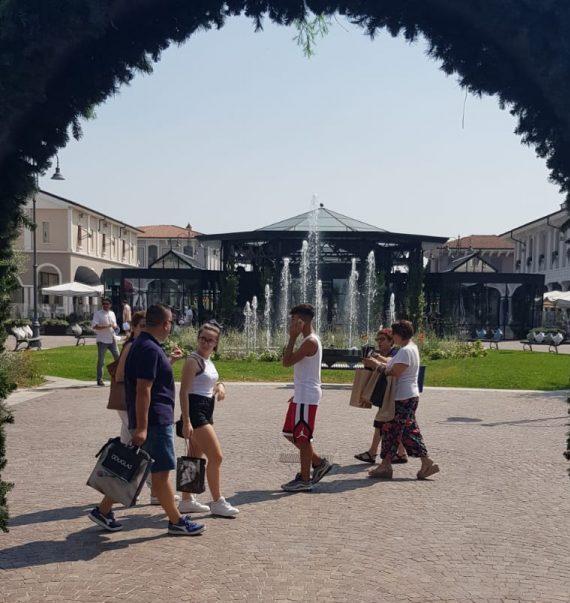 Chicco e The Bridge Piquadro aprono al Mantova Outlet ...