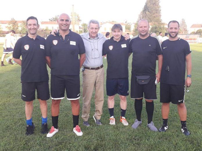 Patron Tirelli con mister Ispani e lo staff tecnico
