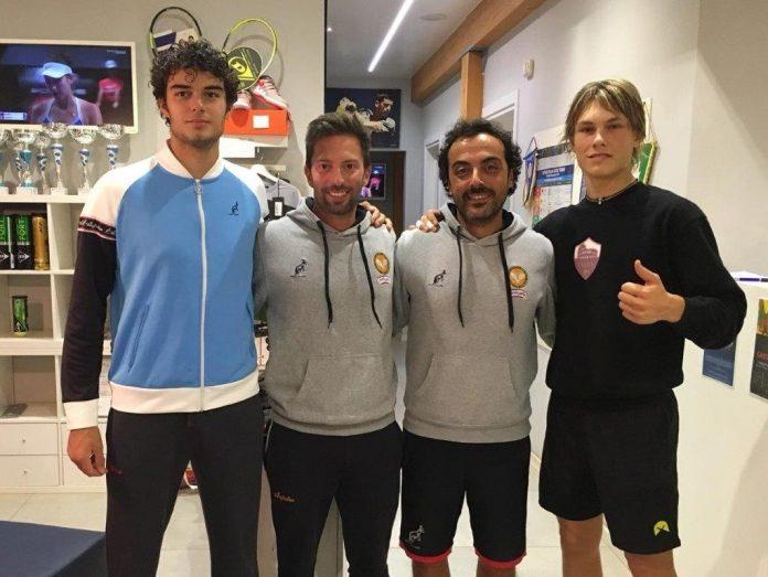 Da sinistra il finalista Conca, Bartolucci, Mutti e il vincitore Fumagalli