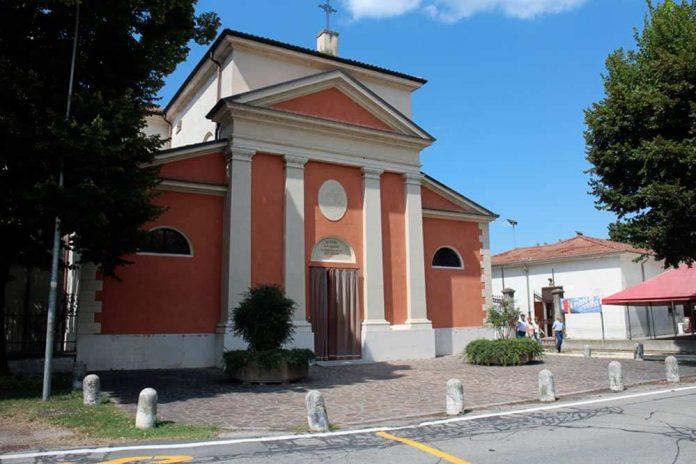 La chiesa parrocchiale in piazza Diaz a Formigosa