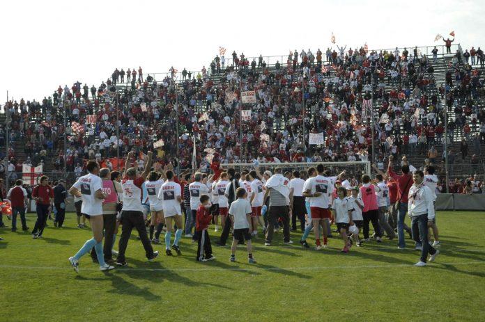 Biancorossi in festa sotto la Te dopo il 3-0 al Castelnuovo