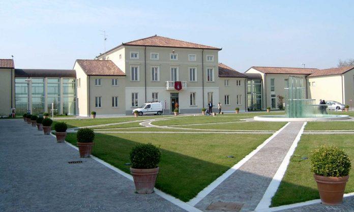 Il municipio di Curtatone