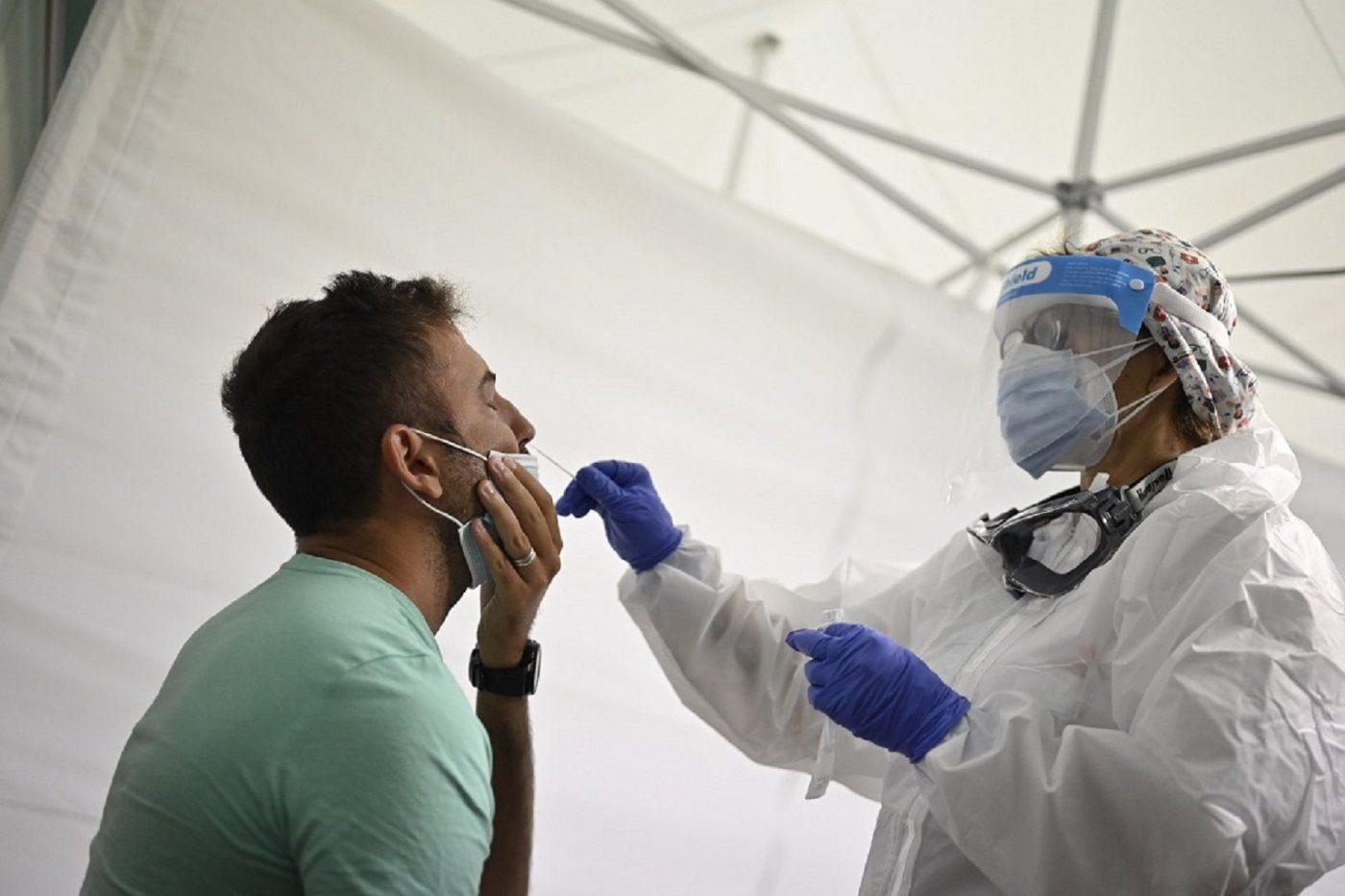 Covid-19: obbligo del passaporto sanitario per chi si reca in Sardegna