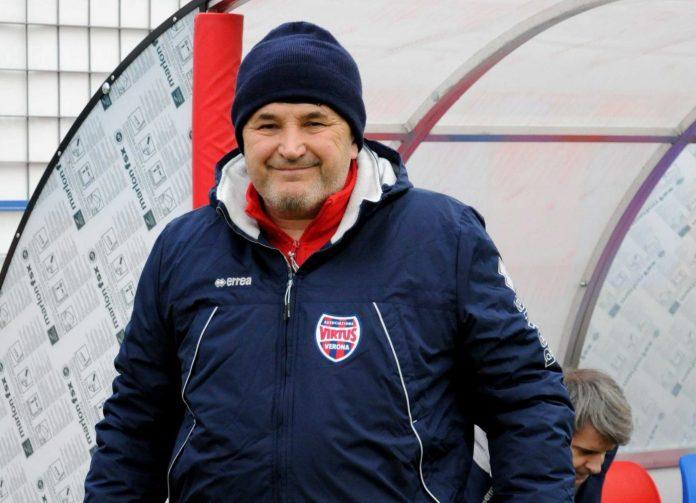 Luigi Fresco, presidente-allenatore della Virtus Vecomp