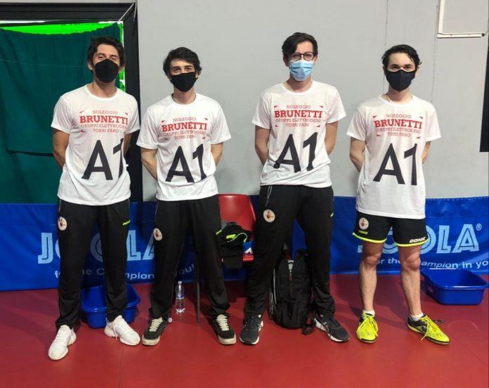 Da sinistra il tecnico Robert Stamenkovski, Luca Bressan, Leonardo Bassi e Marco Bressan