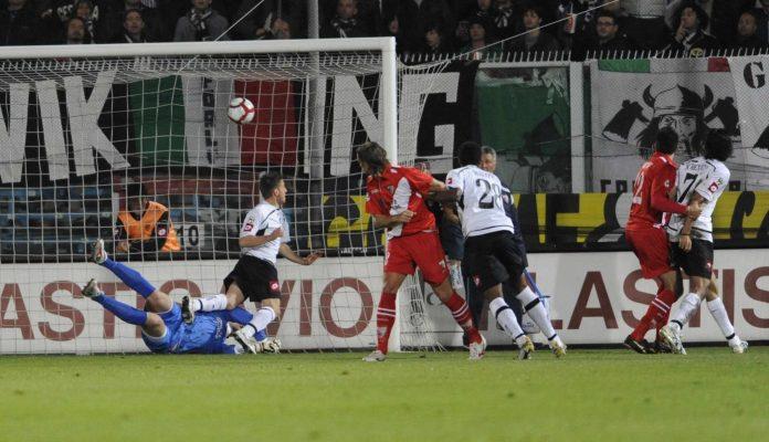 Il gol di Colucci in Cesena-Mantova del 2010